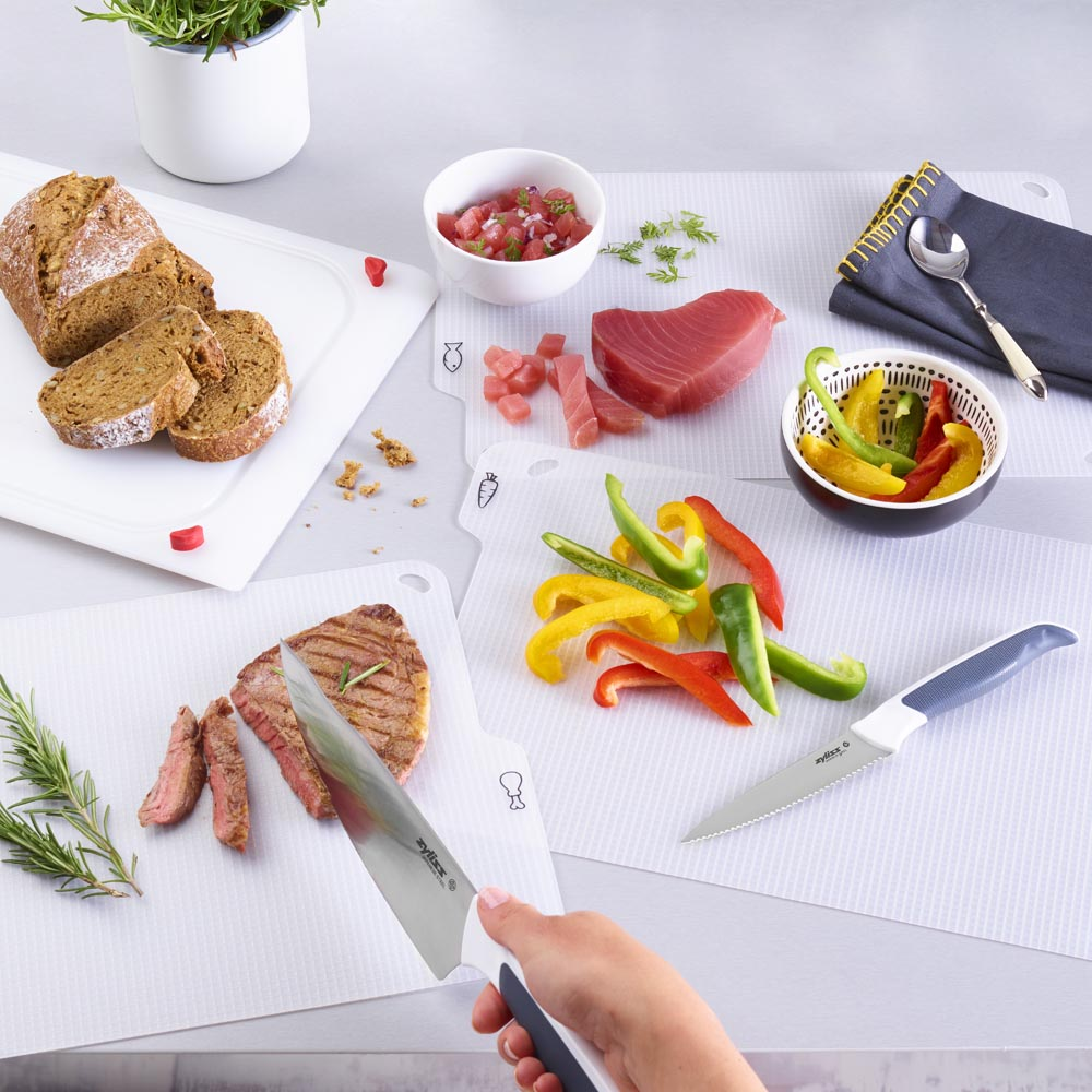 Zyliss 4 in 1 Surface Chopping & Cutting Board