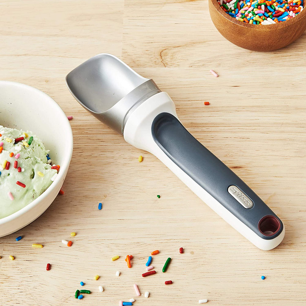 Zyliss RightScoop Ice Cream Scoop, Gray